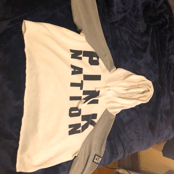 Size large PINK cropped hoodie